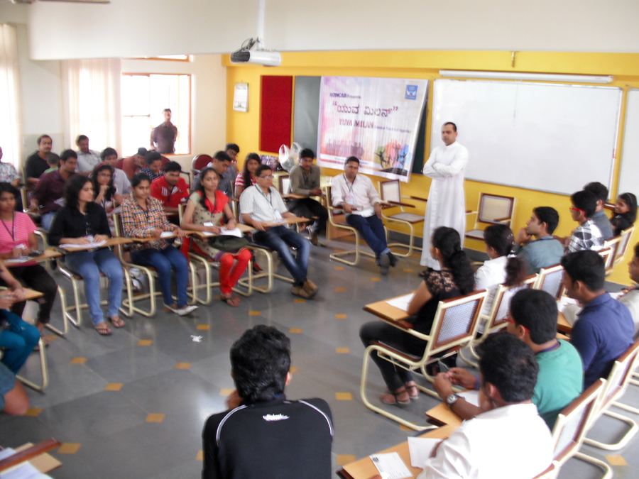 KONCAB 'Yuva Milan-2014′ Ignites Minds of Konkani Youth